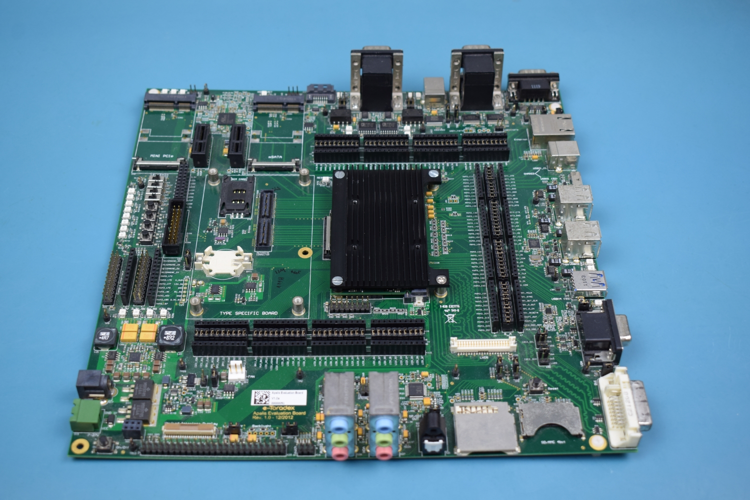 Apalis Heatsink attached to the Apalis Evaluation Board