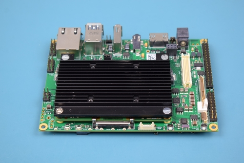 Apalis Heatsink attached to the Ixora Carrier Board